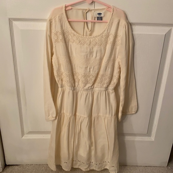 Gently worn casual long sleeve dress
